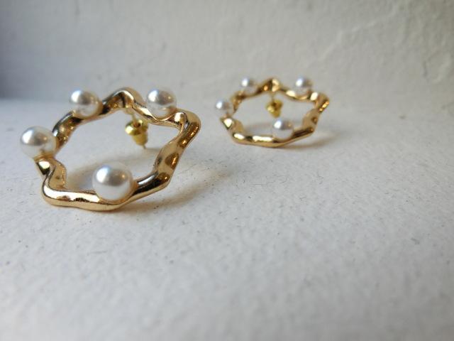 Wave circle dot pearl Pierce