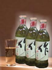 【人気急上昇 吟醸クラスの造りと柔らかな旨み良さはどなた様にも伝わる三重地酒】清水醸造 作 和乃智本醸造240ml