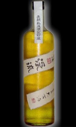 風格を感じさせる黄金色。この価格に驚き・・ 長野  遠藤酒造場 渓流純米20年古酒720ml