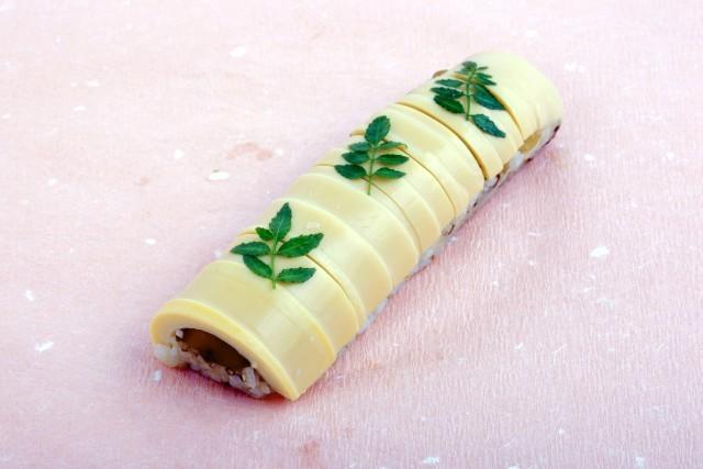 ◇冷蔵◇竹の子棒寿司セット (八貫×2本)★お願い★冷蔵品は、毎週月曜日着のご指定ができません。