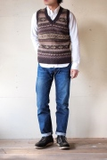 Harley of Scotland V-Neck Vest, Fair Isle-1