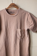 Mixta (ミクスタ) Crew Neck Pocket Tee Camel-1