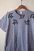 WORKERS Printed Tee Floral Grey-1