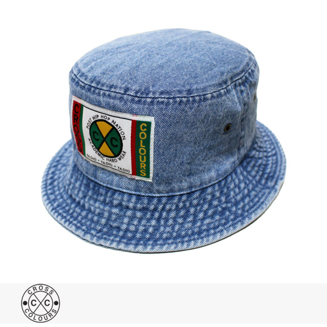 CROSS COLOURS LABEL LOGO DENIM BUCKET HAT | LIGHT DENIM / クロスカラーズ ハット