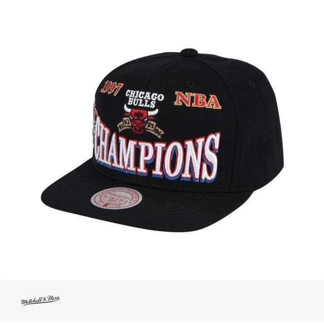 Mitchell & Ness NBA 97 CHAMPIONS SNAPBACK HWC CHICAGO BULLS | BLACK / ミッチェルアンドネス キャップ