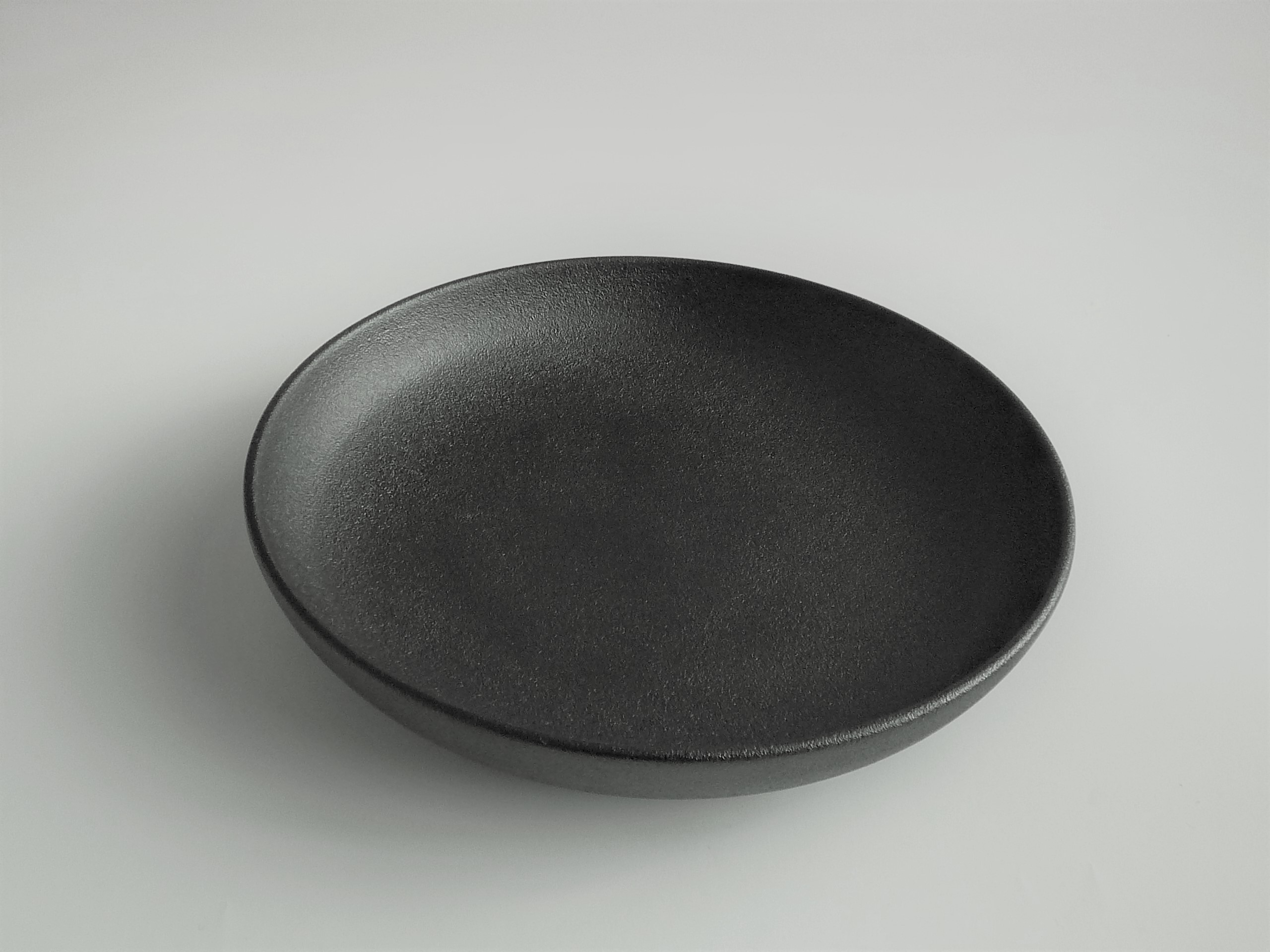 輪島漆塗り 丸皿蒔地(黒)7寸 約21cm