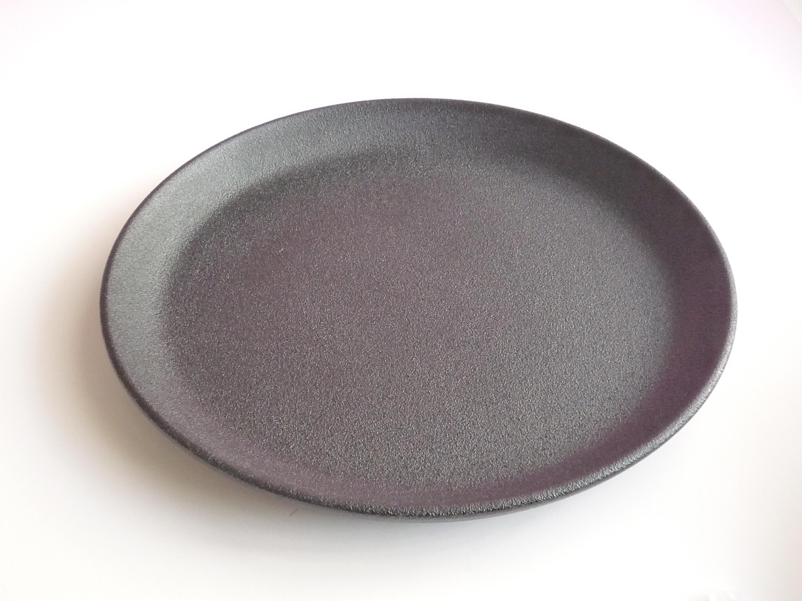 輪島漆塗り 丸皿蒔地(黒)8寸 約24cm