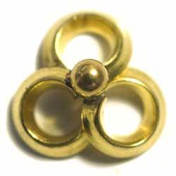 メタルビーズ 11×12 三つ輪 真鍮