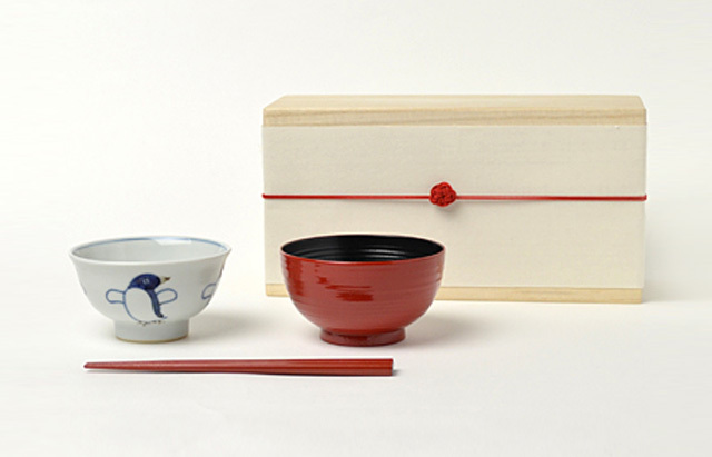 花田 ごはん茶碗セット 木箱付(ペンギン)女の子
