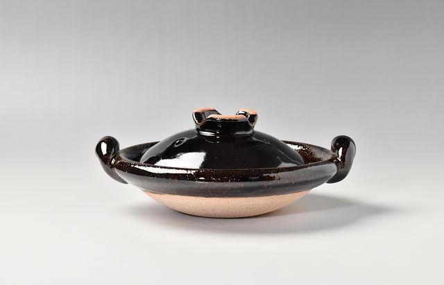 伊賀焼土楽 蓋付黒鍋 6寸