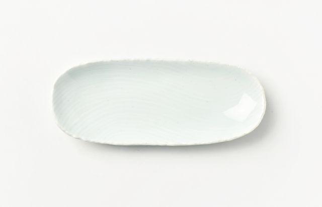 鈴木重孝 青白磁長楕円小皿