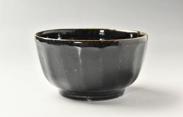 古賀雄二郎 面取り鉢4寸 黒釉