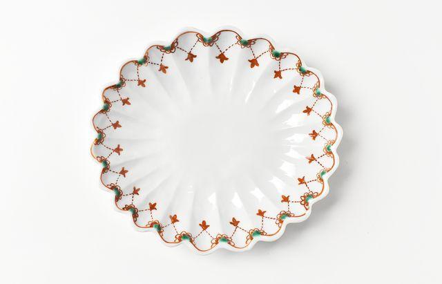 須谷窯 色絵瓔珞文輪花皿
