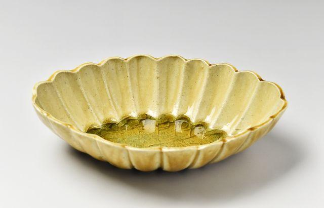 雪ノ浦裕一 琥珀釉輪花菱形小鉢