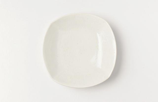 阿部春弥 白磁四方4.5寸皿