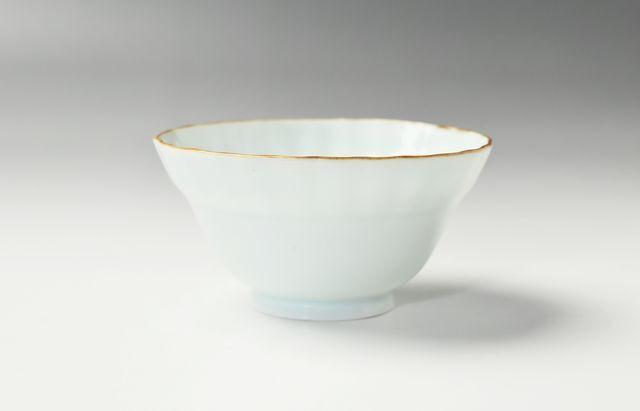 宮岡麻衣子 白磁輪花小鉢
