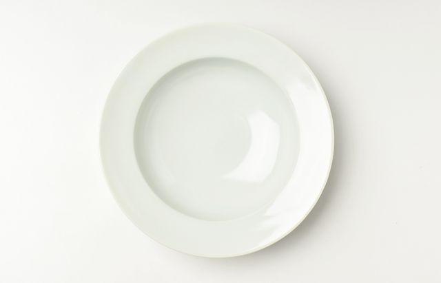 稲村真耶 白磁スープ皿