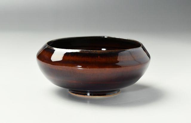 安達和治 折縁小鉢 茶アメ