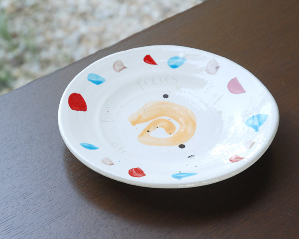 色絵ケーキ皿(ミロ風) 作家「吉岡萬理」