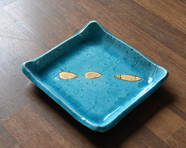和食器 アプリ(トルコブルー金彩角皿) 作家「荒木漢一」