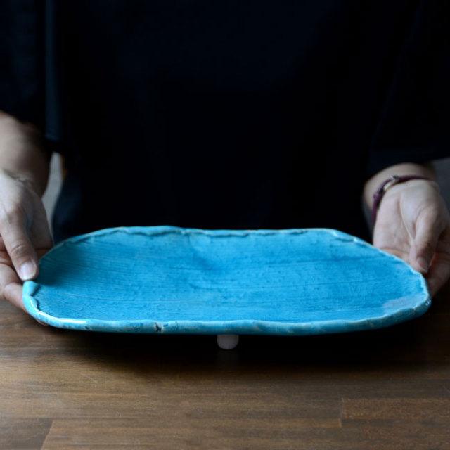 和食器 トルコブルー足付くし目長皿 作家「荒木漢一」