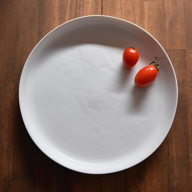 白磁 Low Rise Plate (L) 作家「竹内紘三」