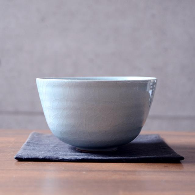 青磁茶碗(共箱付B) 作家「林隆一郎」