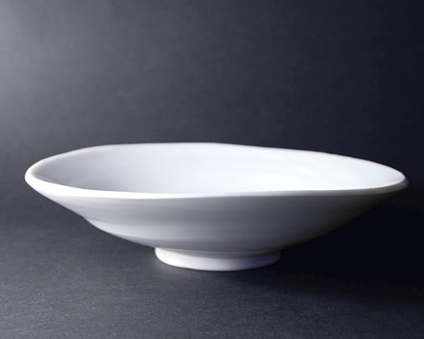青白磁皿(共箱付) 作家「鯉江良二」