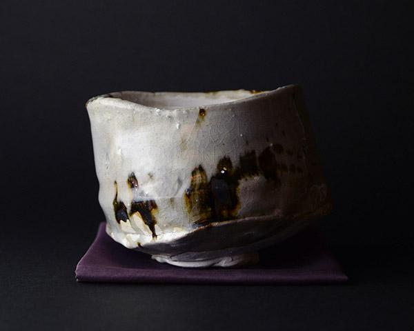鉄絵茶碗 鯉江良二