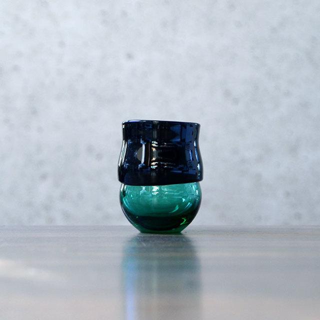 """ガラス DOMAKI """"Green"""" ぐい呑(SI-041) 作家「飯田将平」"""