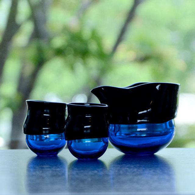"""ガラス DOMAKI """"Blue"""" 酒器揃(SI-057) 作家「飯田将平」"""