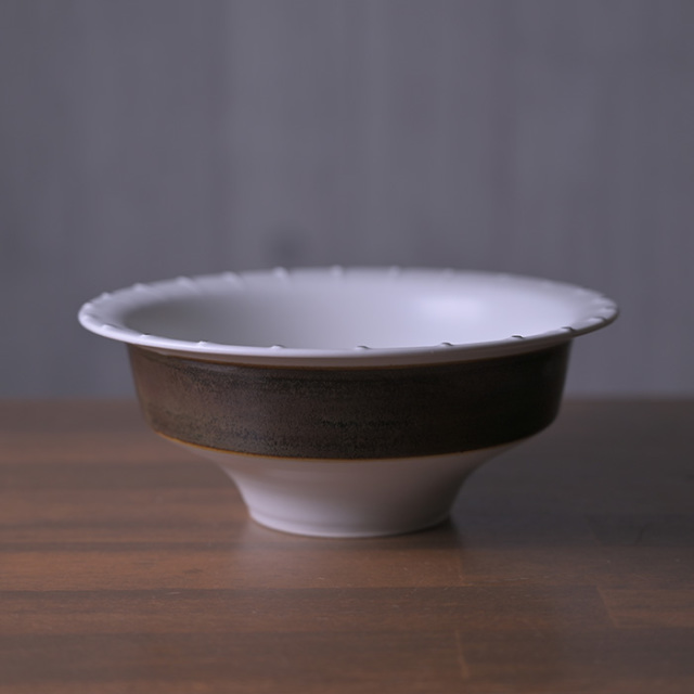 Silver Slip Trailing Bowl 作家「山本壮平」
