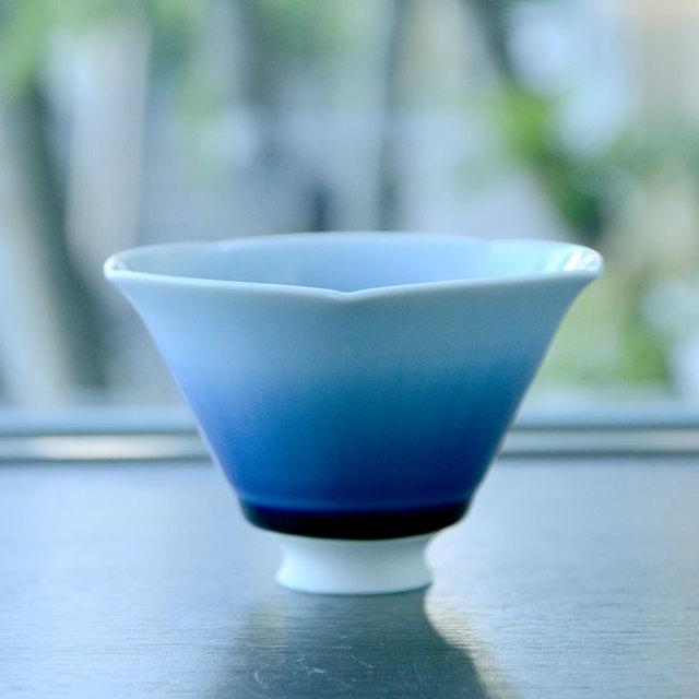 流彩磁小鉢 (青色) 作家「永草陽平」
