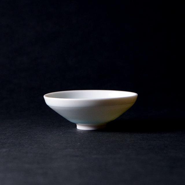 青白磁ぐい呑(YN-018) 作家「永草陽平」