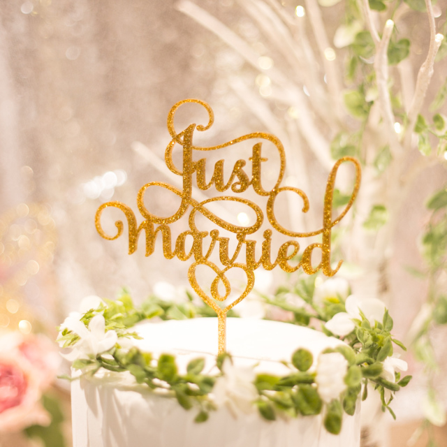 just married グリッターケーキトッパー