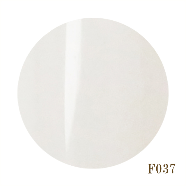 F037 スノーホワイト