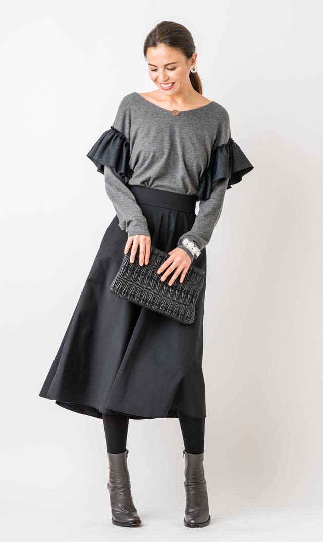 【ヴィリーナ(VIRINA)】サラロングフレアスカート(ブラック)