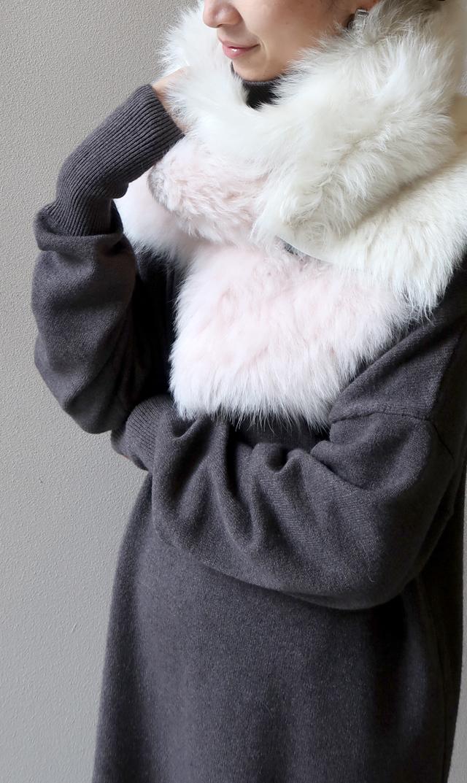 【カールドノヒュー(KARL DONOGHUE)】トスカーナラムスキンバイカラーボタンシュラッグ(ピンク×ホワイト)