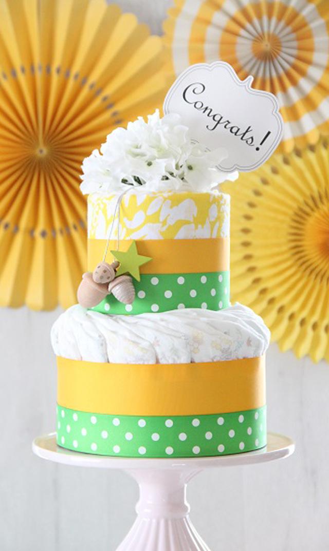 【ラクーシュパステル(LA couche Pastel)】Kiko+の木のおもちゃ&スワドルデザインズおくるみ付きオーガニックダイパーケーキ(イエロー)