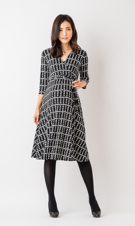 【レオタ(LEOTA)】マタニティ・パーフェクトラップドレス(ミニープレイド)
