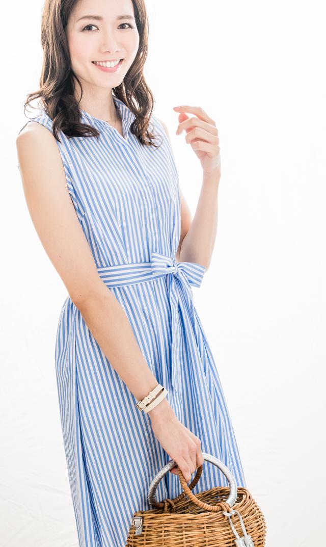 【スーン(SOON)】エヴァプリーツバックドレス(ブルーストライプ)