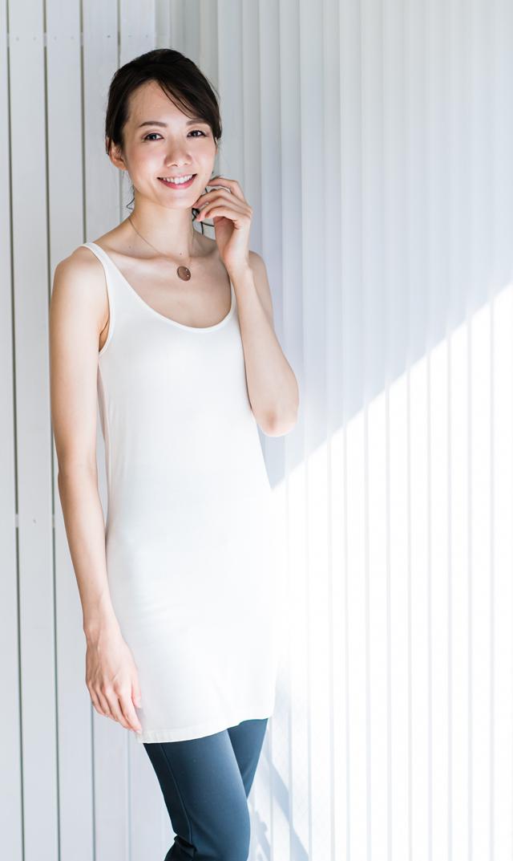 【ヴィリーナ(VIRINA)】ノースリーブホットインナー/ドレス丈(ホワイト)