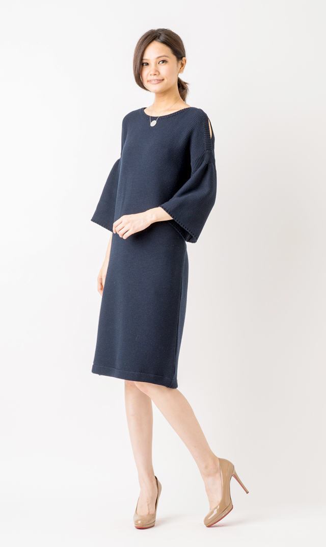 【ヴィリーナ(VIRINA)】オープンショルダーサマーニットドレス(ネイビー)