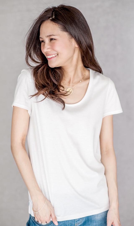 【ヴィリーナ(VIRINA)】ブライトスムースTシャツ(ホワイト)