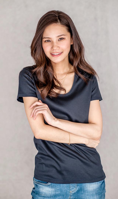 【ヴィリーナ(VIRINA)】ブライトスムースTシャツ(ネイビー)