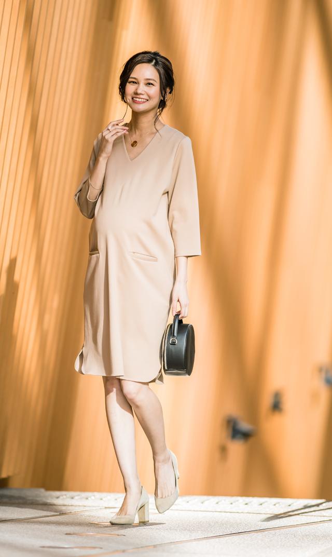 【ヴィリーナ(VIRINA)】イネスナーシングドレス(ベージュ)