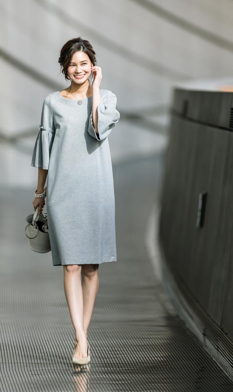 【ヴィリーナ(VIRINA)】レイチェルナーシングドレス(ライトグレー)