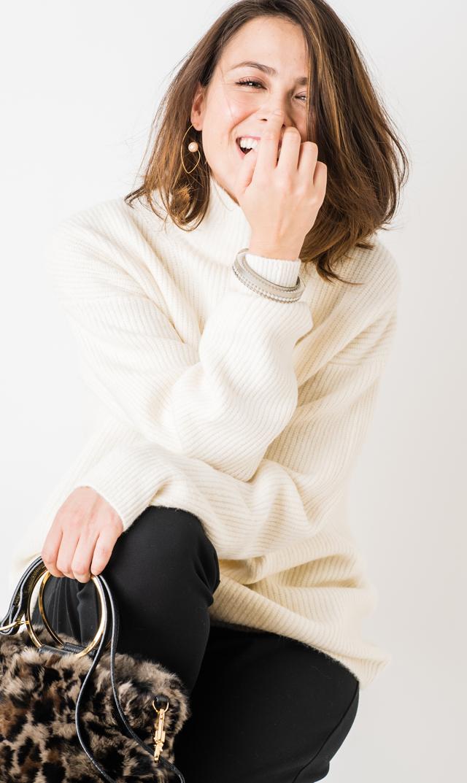 【ヴィリーナ(VIRINA)】ルナニット(ホワイト)