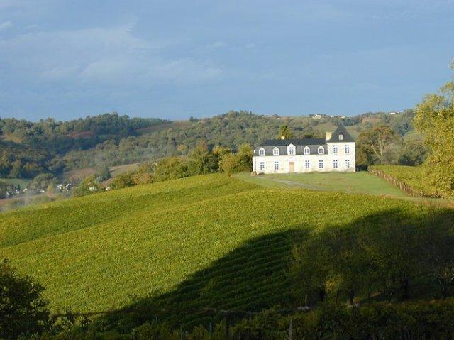 丘の上のカーヴ・ド・ガン・ジュランソン