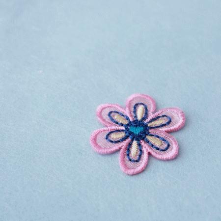 アップリケ-ピンクの花びら(1枚)